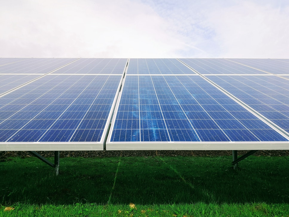 kolektory słoneczne czy panele fotowoltaiczne